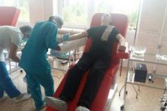 Патрульные полицейские Луганщины сдали кровь для пострадавших в ДТП