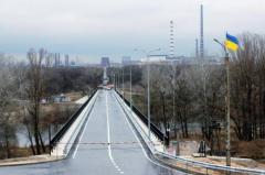 Сегодня возобновляется работа автодорожного моста через реку Северский Донец