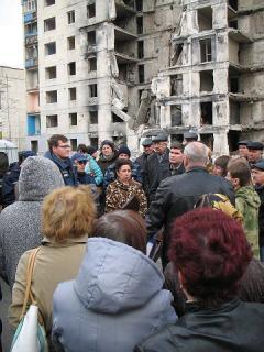 Обласна влада має запровадити реальний механізм відшкодування збитків мешканцям зруйнованого будинку в Лисичанську