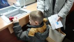 Укрпочта выплачивает международные пособия жителям Луганщины