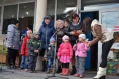 Мешканці прифронтової Трьохізбенки відсвяткували День села, День захисника України та День запорозького козацтва