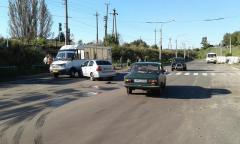 Крупное ДТП в Лисичанске: на пешеходном переходе столкнулись три автомобиля