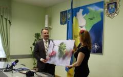 Дети из Северодонецка подарили мэру Херсона коллаж