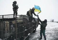 Новини АТО: на Луганщині не припиняються ворожі обстріли